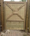 Custom Full Frame Gate